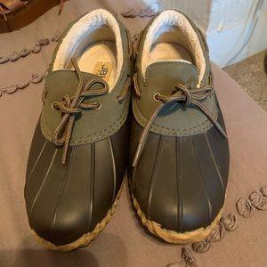 JBU Short Duck Boot Style Shoes